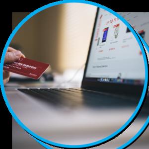 Laptop mit Kreditkarte
